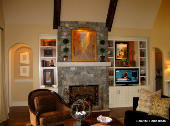 Niches Display art artifacts without taking up floor space
